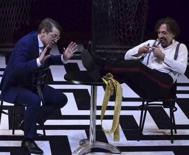 'Contra la democracia' se lleva tres premios Garnacha de teatro