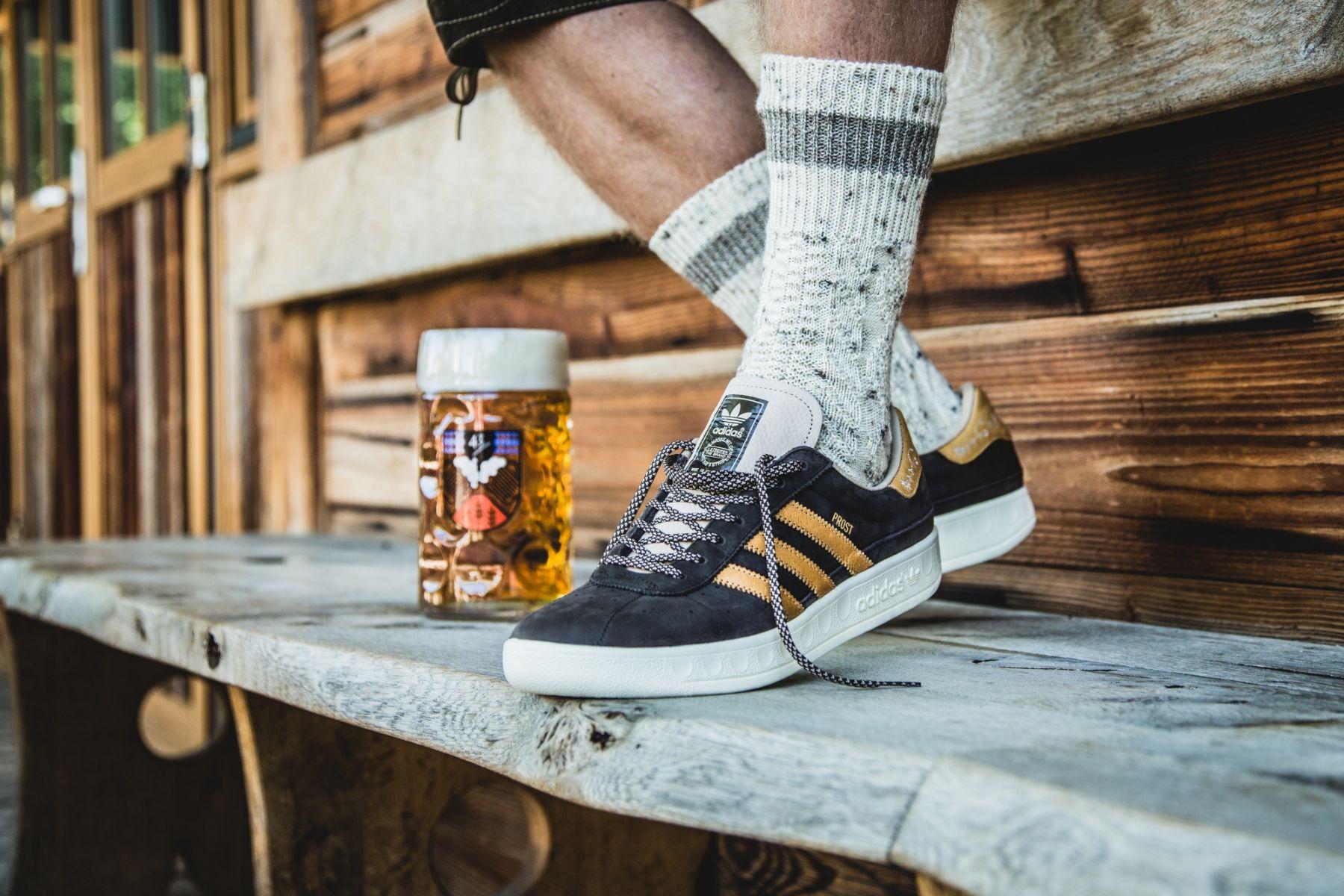 Dévoile Au Adidas Qui La Vomi Des Chaussures Bièreet Résistent À qjGSUzLpMV