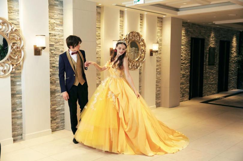 Au Japon Disney Lance Des Robes De Mariées à L Image De Ses