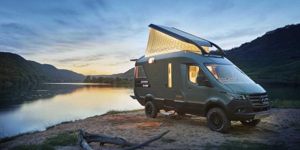 Ce camping-car futuriste intègre le confort d'un appartement pour révolutionner le camping ! By Mélanie D. Hymer-camping-car-van-luxe-13