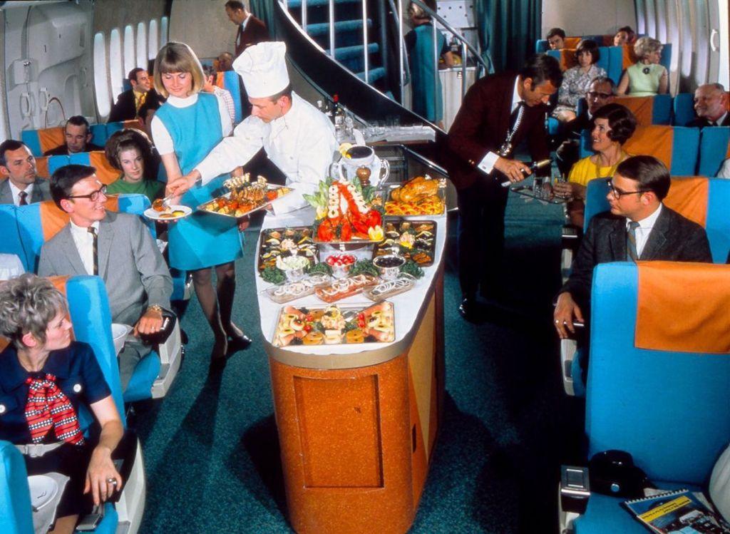 Cette compagnie aérienne scandinave montre à quoi ressemblaient les repas dans les années 1950 ! By Mélanie D. Sas-compagnie-aerienne-repas-25