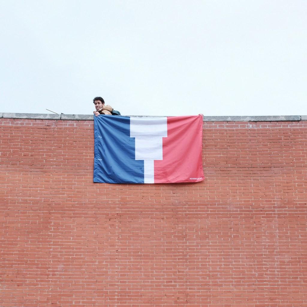 Le drapeau des pays selon l'évolution de la fonte des glaces