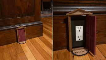 Elle camoufle ses prises électriques avec des petites portes de maison de poupée