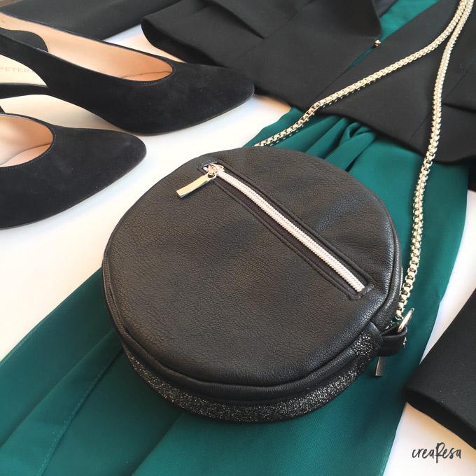 runde Tasche festlich kombiniert