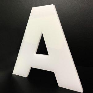 FUTURA WHITE - Lettere decorative in Plexiglass bianco di CreArtDesignItaly.it con font Futura