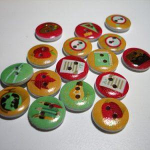 Botons de fusta plans dibuixos varis Crea't