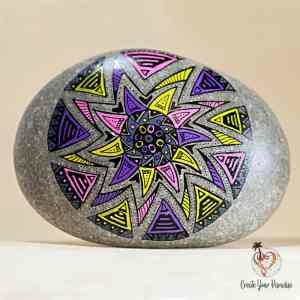 Galet Peint Mandala