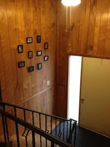 Entryway Gallery | Mini DIY Gallery Wall | KSAVAGER