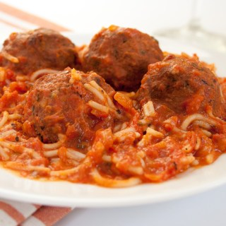 Spaghetti with Vegan Meatballs