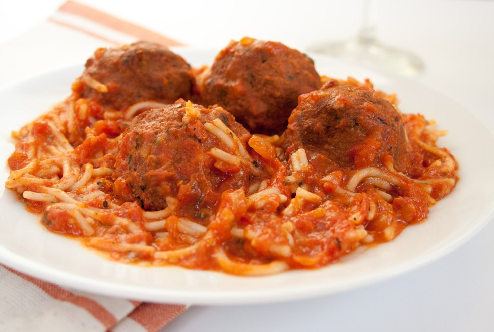 Spaghetti with Vegan Meatballs (gluten free, vegan) - This easy gluten free spaghetti uses pantry staples, including vegan meatballs that taste like pizza!
