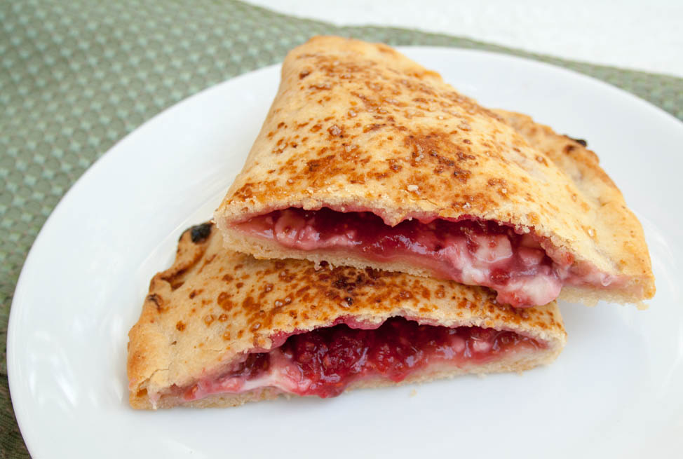 Vegan Raspberry Calzones (vegan, gluten free) Why settle for toast with raspberry jam and vegan cream cheese when you can have Vegan Raspberry Calzones!