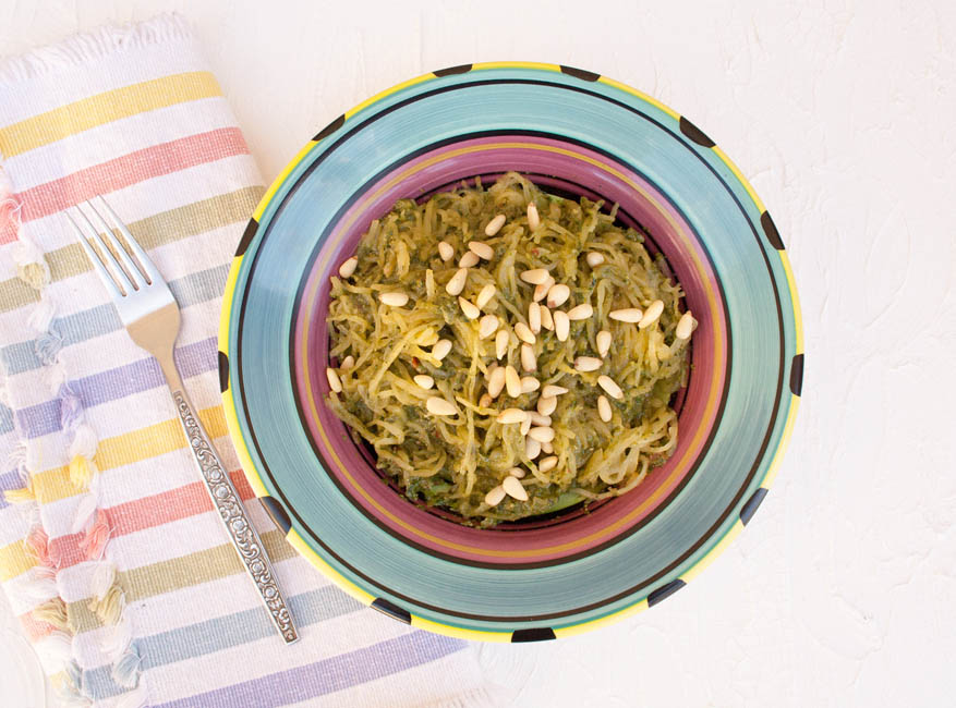 Spaghetti Squash with Sun-Dried Tomato Basil Pesto (vegan, gluten free, low carb) - This recipe is a healthy and satisfying meal! It is perfect if you want to cut down on carbs.
