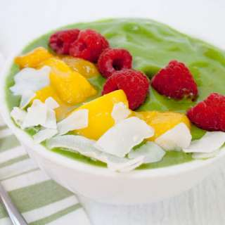 Matcha Mango Smoothie Bowl