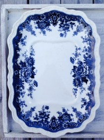 scalloped platter