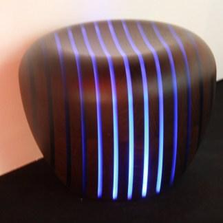 Lámpara diseño madera y resina