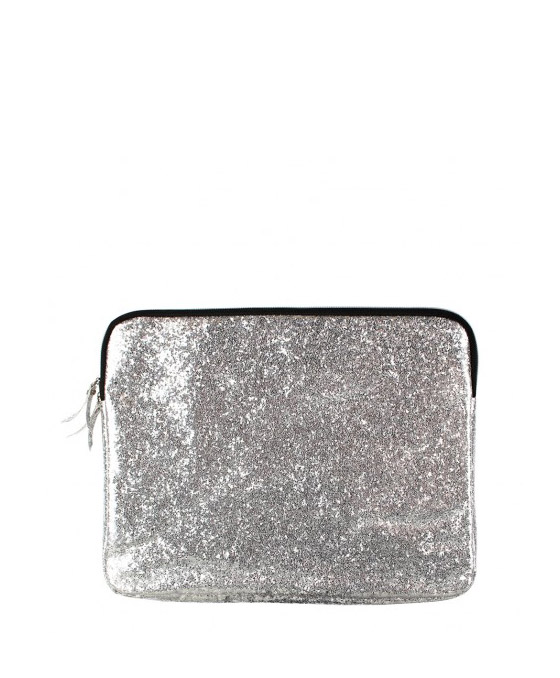 This Silver glitter laptop sleeve is one of the cutest office supplies ever!