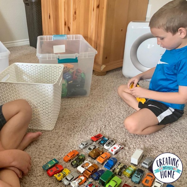 Kids Can Declutter (Teach them!)