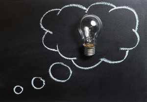Glödlampa i en tankebubbla