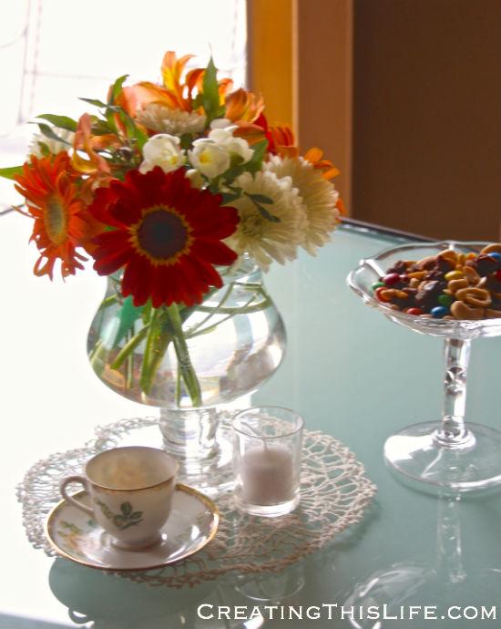 orange-white-peach-flower-arrangement-gerber-daisy-freesia-alstromeria