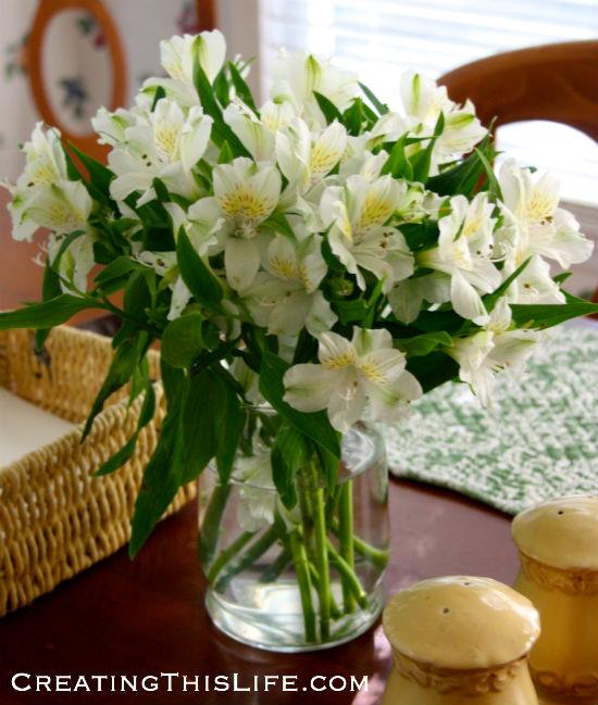 white-alstroemeria-arrangement