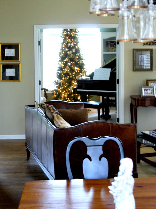 Piano room Christmas tree
