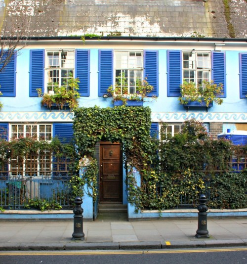 Charming London Home with shutters and ivy