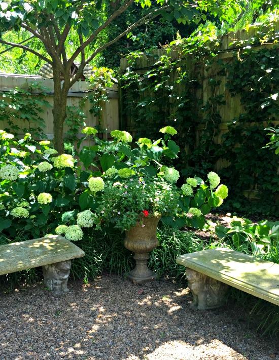 tudor garden 9