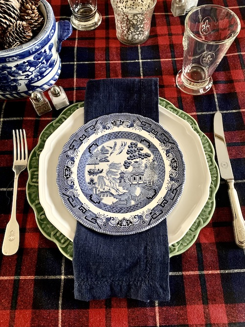 A Christmas Table Setting by the Numbers