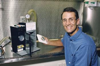 Plant geneticist Dr John Sanford and gene gun