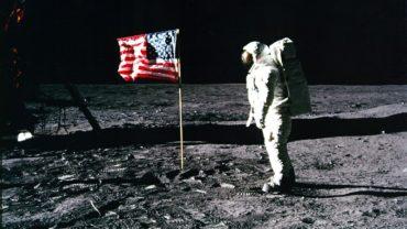 moon-flag_0