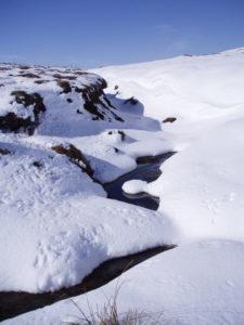 cs4k-snowdrifts-and-stream