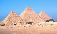 Pyramids of Giza, Wikimedia