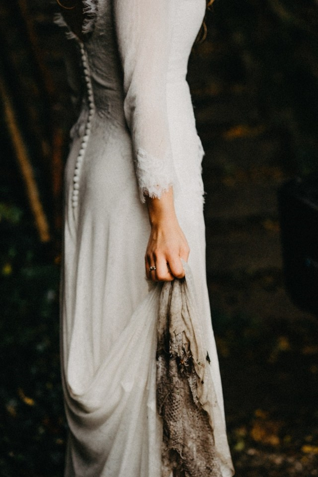 Doing the first look may mean that your dress could get dirty before the ceremony