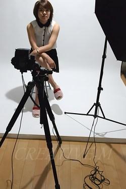 ポートレート写真:ストロボ撮影時の流れ_シンクロケーブル接続 40㎜ 1/125 f4.0 ISO1000