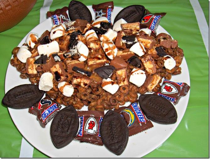 #SnickersMinisdessertpizza