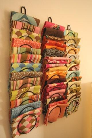 11 ways to organize fabric creative cynchronicity - Creative ways to store your magazines ...