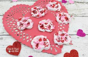 Valentine's Day Dipped Pretzels