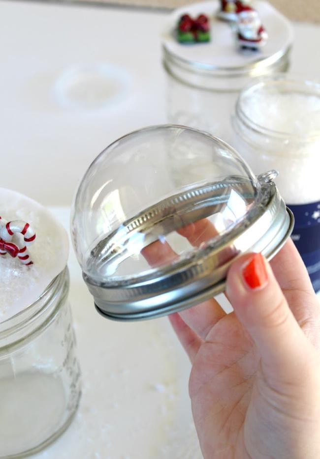 snow globe mason jars tutorial