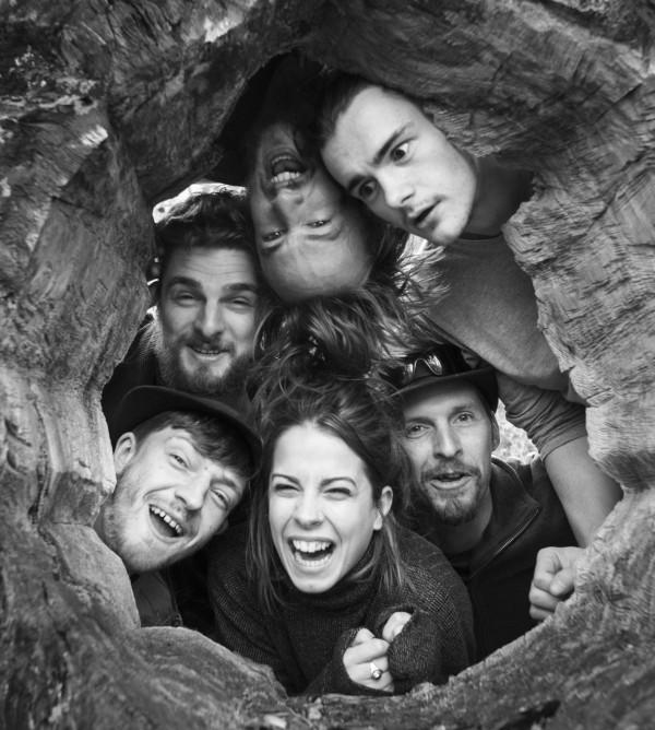Through the hole [306333]