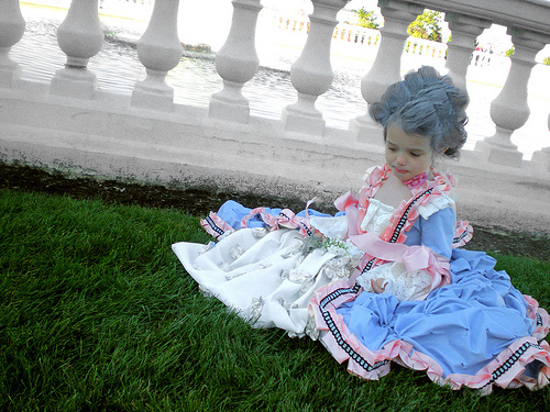 Marie Antoinette gown (!!!!!!)