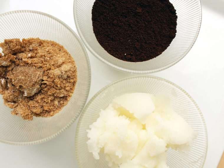 Make This DIY Effective Cellulite Blasting Scrub with this full tutorial here.