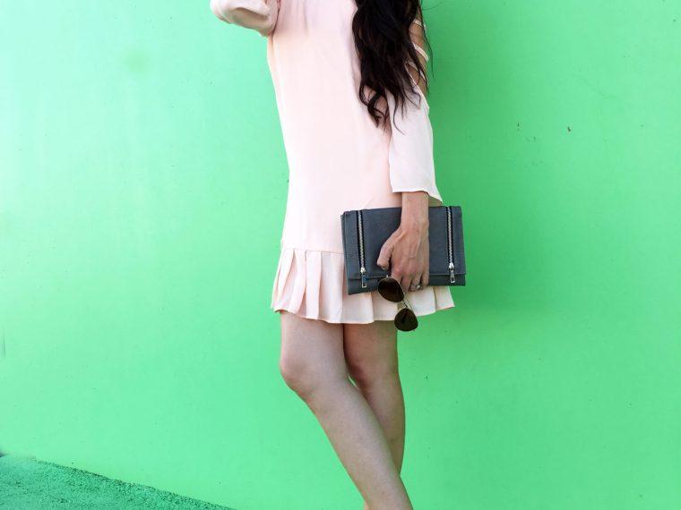 pleated chiffon dress outfit idea