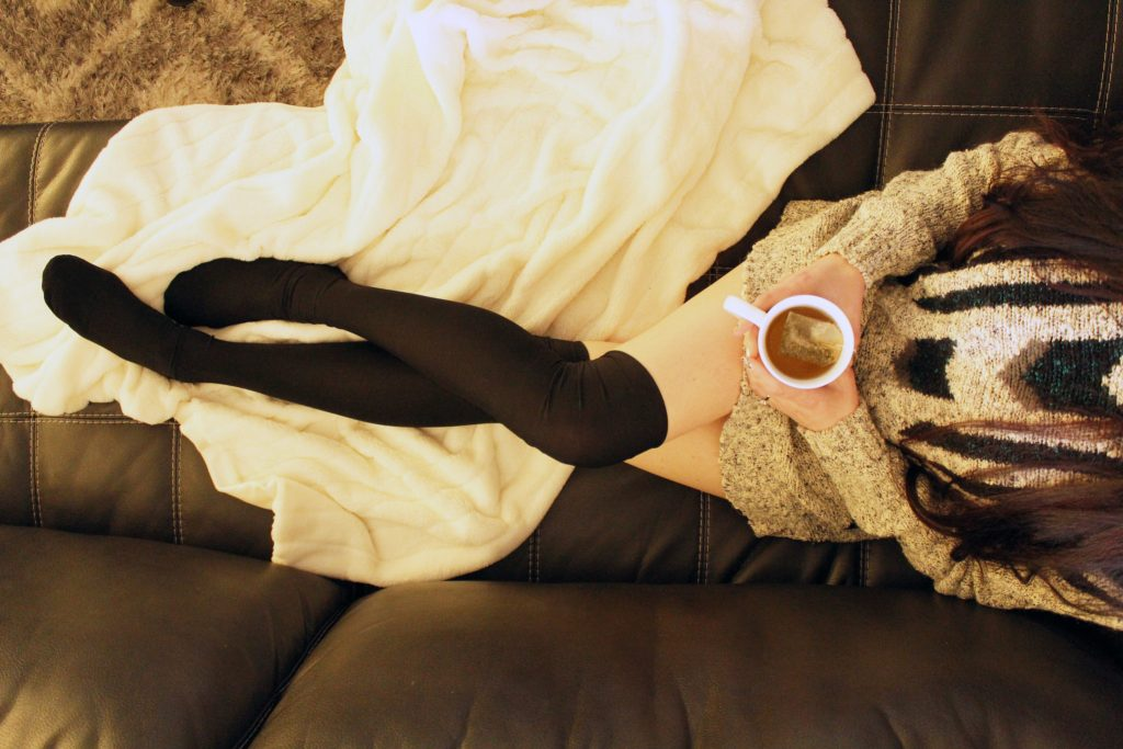 DIY Black Thigh High Socks from scratch!