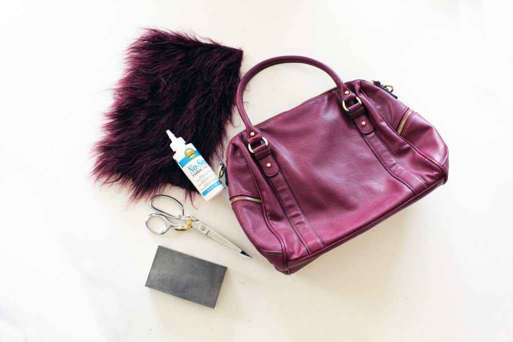 How to add fur to an old purse. A simple refashion DIY idea..