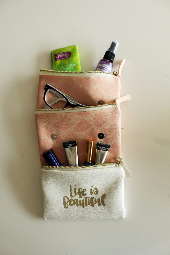 DIY magnetic Purse Organizer