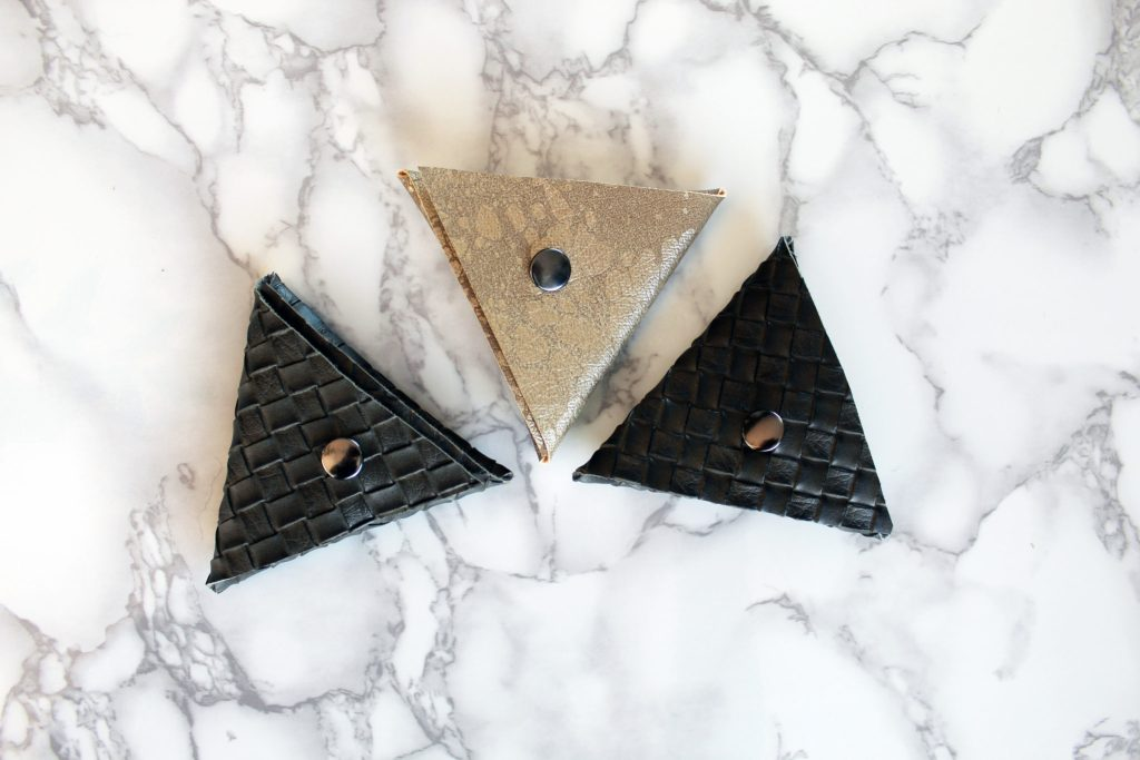 How To Make A Triangle Coin Pouch FREE Printable Included