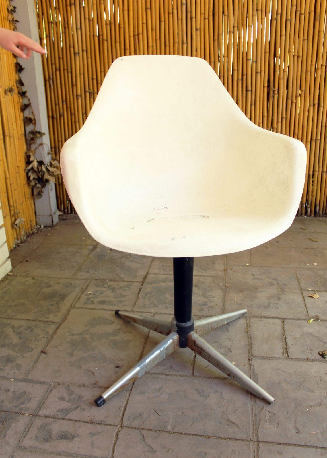 Before DIY Midcentury Modern Chair Makeover Tutorial