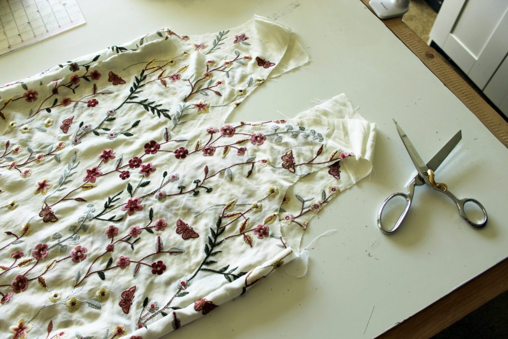 how to make a DIY floral tunic dress for summer