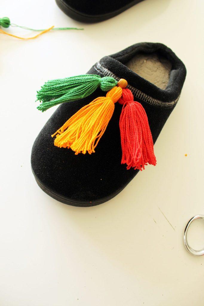 Easy DIY Slippers Tutorial with Tassels..