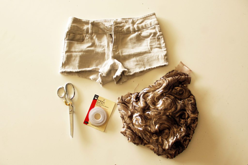 Easy DIY sequin shorts tutorials for a fun sparkle summer outfit
